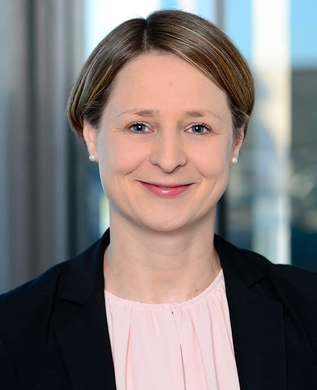 Portraitfoto von Carina Orthen, Leiterin Vermietung Region Süd HIH Real Estate